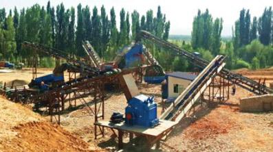2016年在新疆第二、第三条鹅卵石破碎线同时交付生产