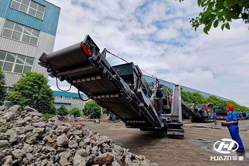 选购履带式移动碎石机选择大华重工的理由